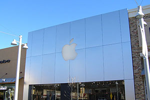 Retail Apple